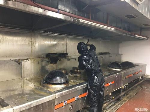 东莞专业食堂抽油烟机清洗多少钱